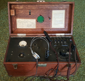 Figure 2 Western-Electric-2A-Audiometer-1-Open-300x286