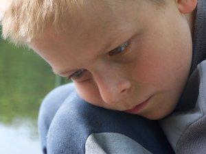child thinking-1437361