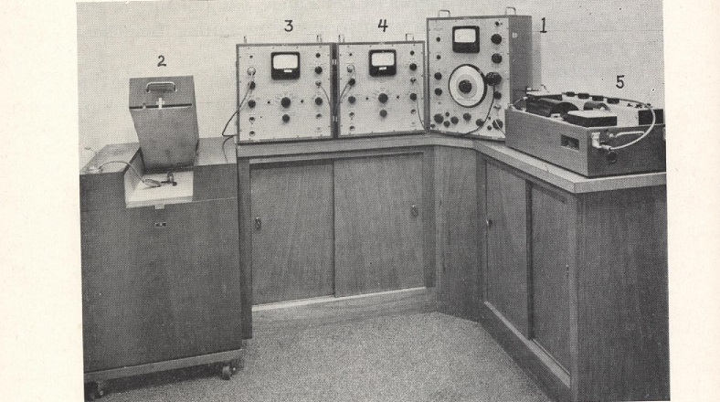 Hearing Aid test box 1960s