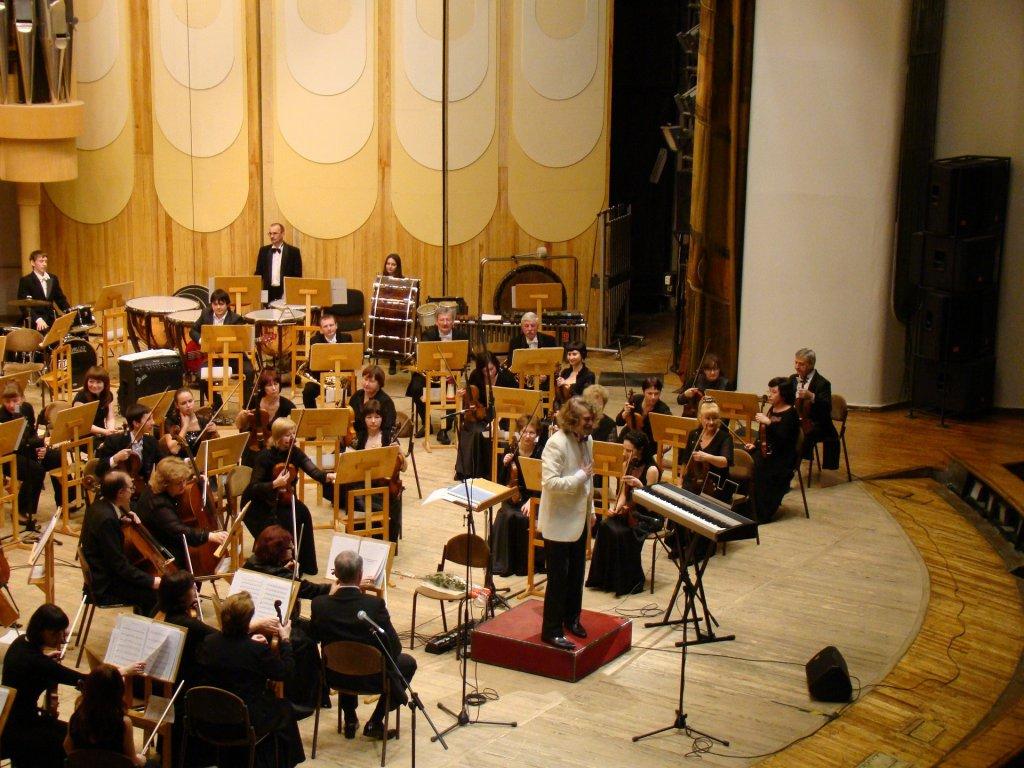 symphony-orchestra-183612_1920