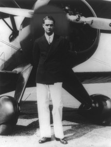 howard-hughes-393741_1920
